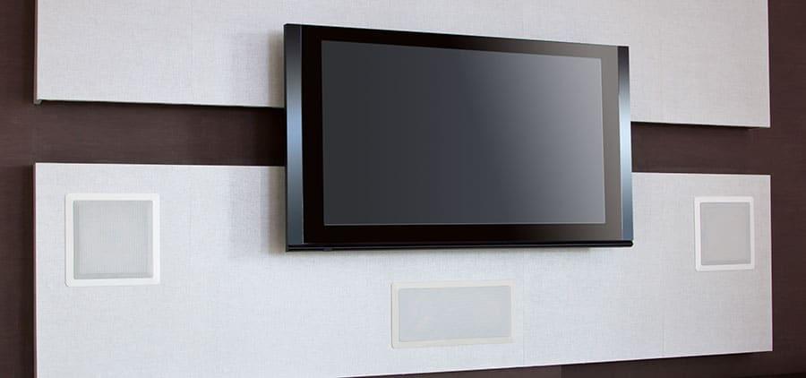 Можно ли использовать потолочные динамики в стене?